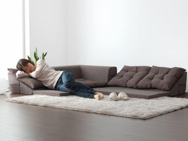 Фото: низкий диван в японском стиле