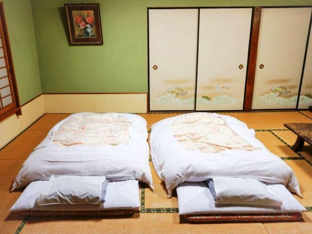 Фото: Японское традиционное ложе